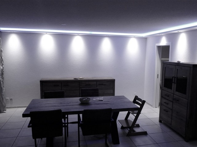 Indirekte LED - Gesimselement